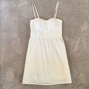 American Eagle White Eyelet Dress Size: 4